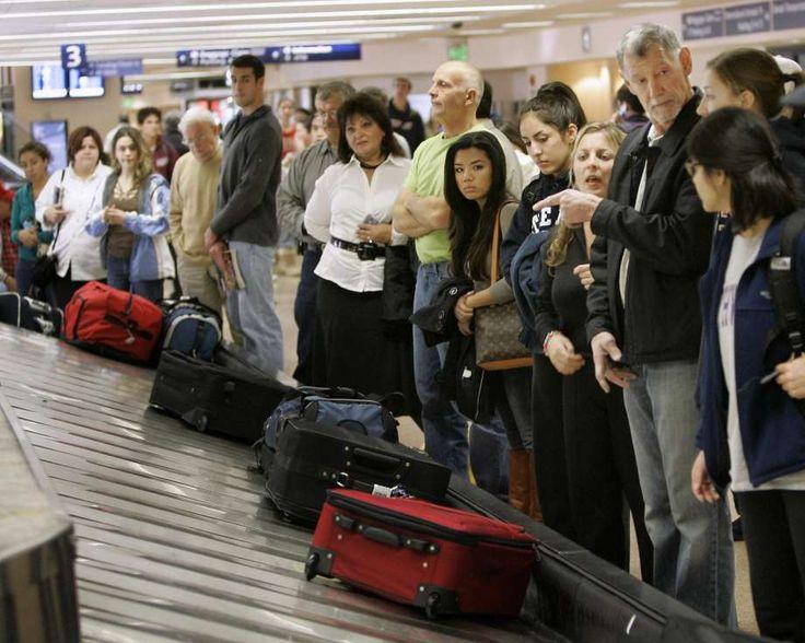 Τα μυστικά για να παραλάβετε πρώτοι τις αποσκευές σας στο αεροδρόμιο