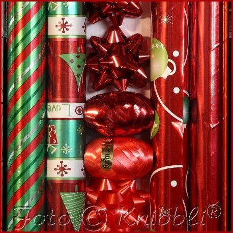 #12 tlg #Geschenk #Verpackungs - #Set #Rot - jetzt bei #Knibbli auf Knibbli.com - auf #Geschenkverpackungsset 12 Teile - hier überwiegend in Rot #Töne  Thema #Weihnachten auch für #Sylvester #Neujahr Rolle ohne #Motiv auch für andere #Gelegenheiten geeignet   Inhalt: #Folie #Weihnachtsgeschenk #Papier 70 cm x 200 cm ->  4 Rollen #Sterne #Schleifen in 2 Farb Ausführungen Größe 6 x 6 x 3 cm zusammen -> 6 Stück und #Geschenkband in #Ei Form in 2 farblichen Varianten 5mm x 10 m zusammen -> 2…
