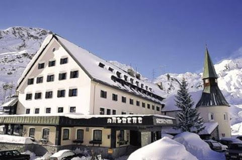 Review of Arlberg Hospiz Hotel, St. Christoph am Arlberg: good location, but ...
