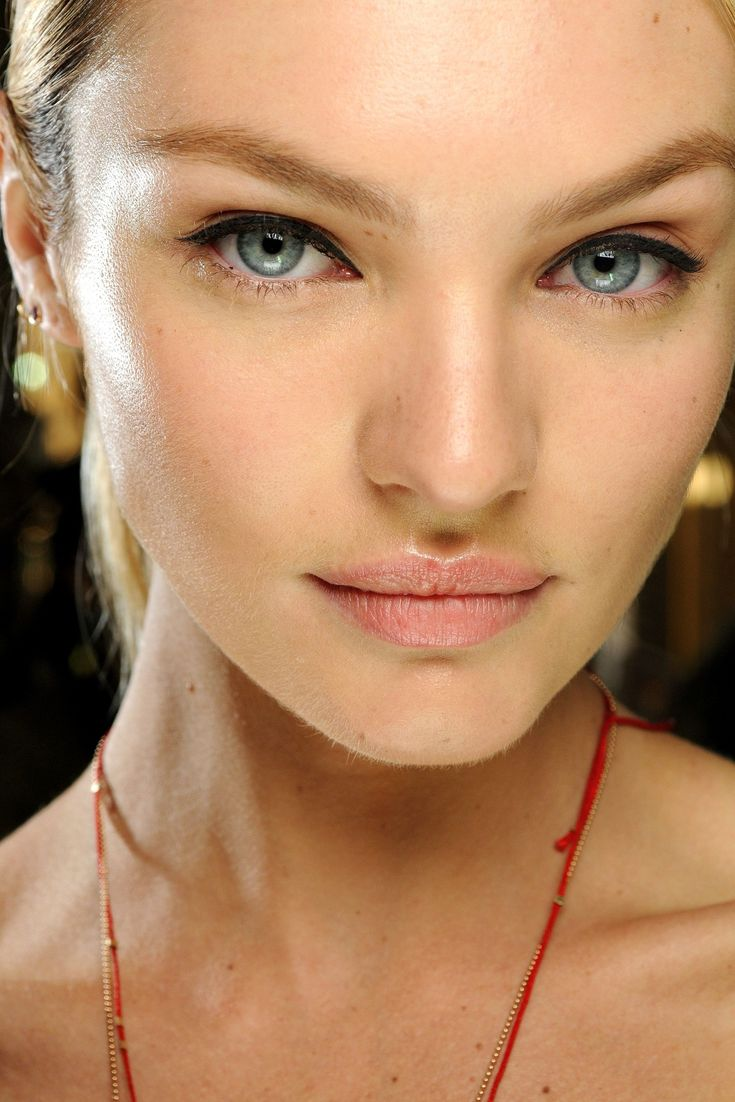Stella Mccartney, Cat Eye, Go The Distance, Candice Swanepoel, Beautiful, Victoria Secret, Hair Makeup, Candiceswanepoel, Fall Makeup