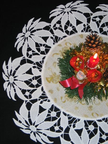 Advanced Embroidery Designs - FSL Battenberg Poinsettia Lace Doily.