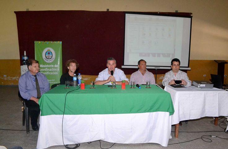 El Ministerio de Coordinación y Planificación de la Provincia de Corrientes, a través de la Municipalidad de Bella Vista, llevó a cabo una jornada destinada a los niveles superiores de los colegios secundarios denominada Construyendo mi Futuro, a cargo del magíster Alejandro Bottini.