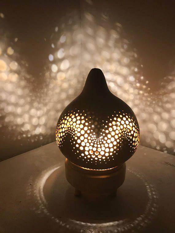 Best 25+ Gourd lamp ideas on Pinterest   Gourd crafts ...