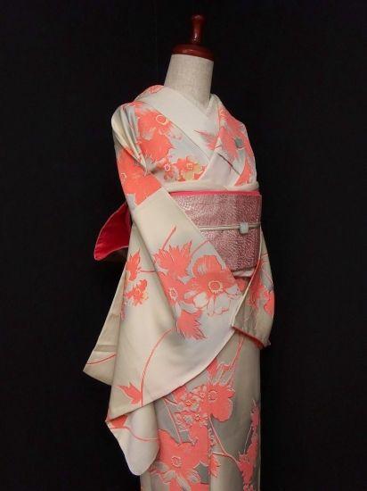 ■ガールズ■ヌードベージュ*お花♪小紋 正絹袷 裄66.5丈164ロング - アンティーク着物や現代着物なら雅星本店