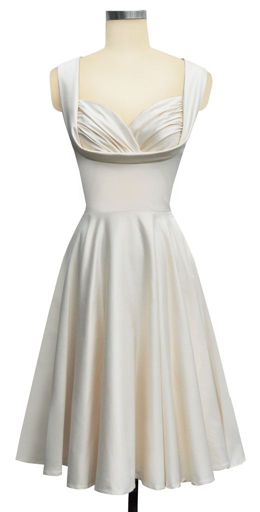 Beautiful white dress-wouldn't work with my big boobies tho ''/Wedding Dressses, Rehearsal Dinner, Receptions Dresses, Rehearal Dinner Dresses, Bridal Shower, Trashy Divas, Rehearal Dresses, Honey Dresses, Rehearsal Dresses