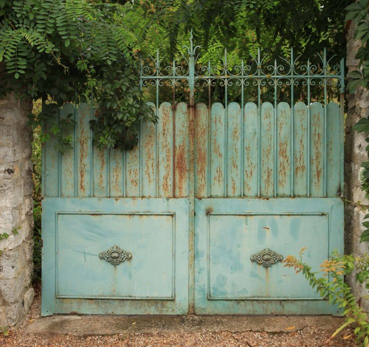 I like the rustic-ness and color of these gates.