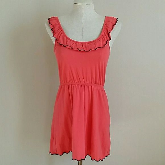 Topshop Dress - 6 Petite Beautiful coral color with black edging along the scalloped edges. Stretchy waistband. Topshop Dresses