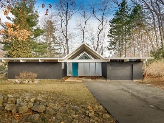 130 Grotke Rd Spring Valley Ny 10977 Mls 4708047 Zillow