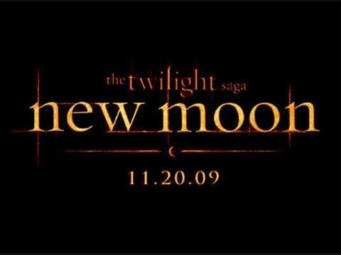 New Moon Soundtrack-01 New Moon (Main Theme) - Alexandre Desplat   One of my favorite composers. His music is so haunting.