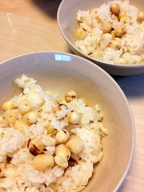 ベトナム料理蓮の実のおこわ。蓮の実が入ることでいい匂い。 - 1件のもぐもぐ - 蓮の実おこわ by ngon