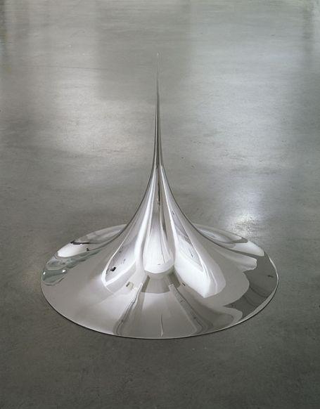 gregmelander:  POINT An amazing sculpture by Anish Kapoor.ephemeralol: