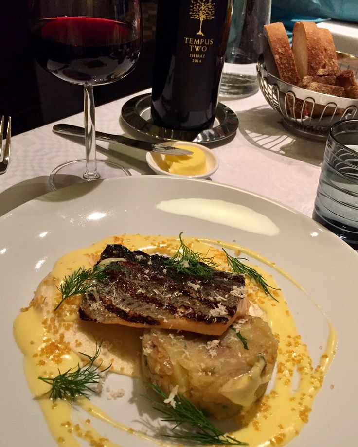 Restaurant Salutorget, trout and Tempus Two Shiraz