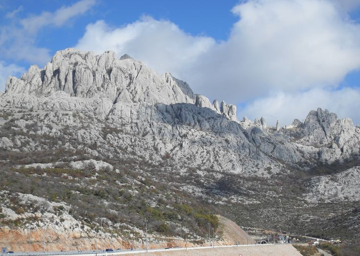 Southern entrance of the A1 into the Sveti Rok Tunnel transversing the Velebit mountains