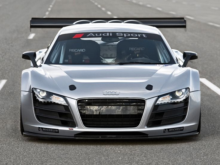 Awesome Audi R8 GT3! Ultimate Supercars