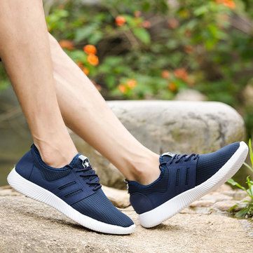 Men Mesh Fabric Breathable Light Running Shoes Lace Up Sneakers