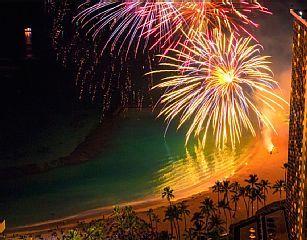 +Modern+Hip+Cool+Ocean+Front+Ilikai+Hotel1803+++Vacation Rental in Oahu from…
