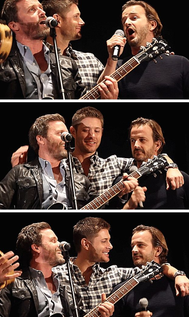 [GIFSET] Jensen being adorable with Rob and Richard at TorCon2014 (love how Jensen ruffles Rob's hair :)