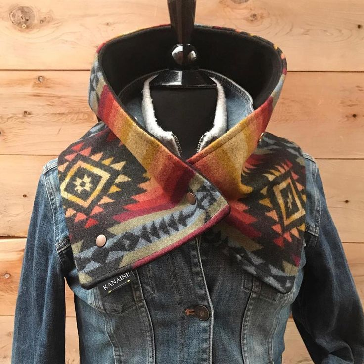 "1,633 Likes, 46 Comments - TheCowgirlDiaries | TheaLarsen (@thecowgirldiaries) on Instagram: ""I just discovered my newest winter style obsession. This gorgeous handmade buckaroo cowl by…"""