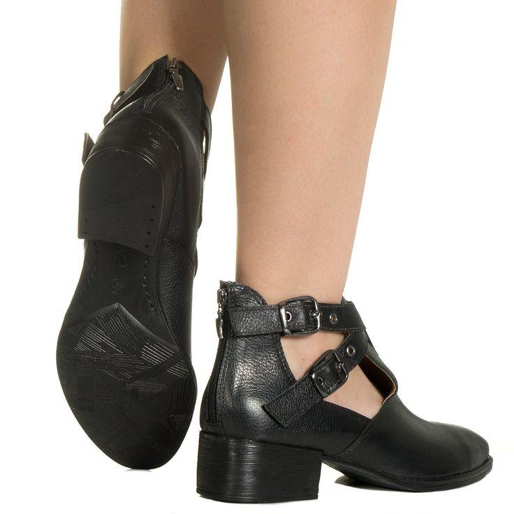 Cut out preto com fivelas Taquilla - Taquilla: Calçados femininos online