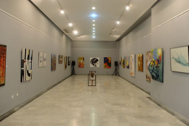 sala Exposicion Colectiva Profesorado 09