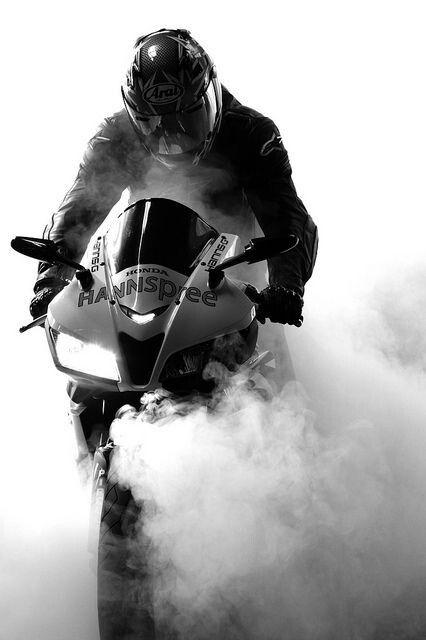 Smoke up ur mind when *RidinginARace ....  #RiderzFc
