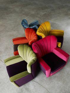 A la hora de decidirnos por un sofá, unos sillones orejeros…