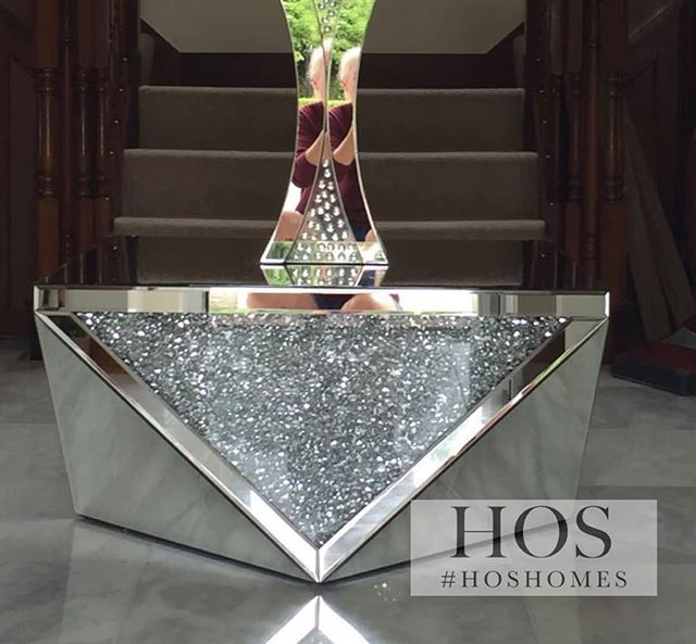 This Exclusive Diamond Crush Coffee Table Makes The Ultimate Impact In Any Living Space Diamond Homein Luxury Decor Glamorous Furniture Mirrored Furniture