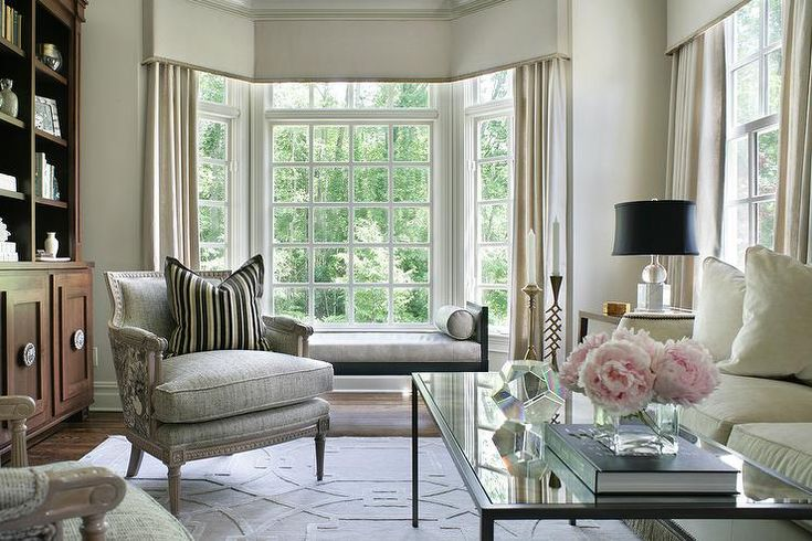 Best 25 ivory living room ideas on pinterest neutral for Bay window chaise lounge