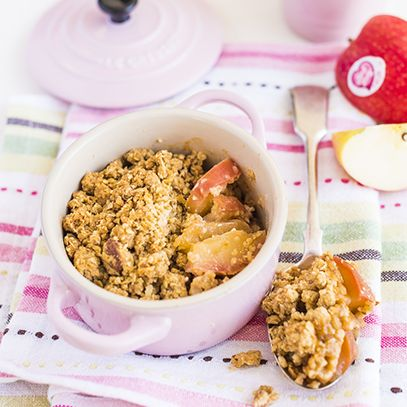 Pink Lady® apple & granola crumble