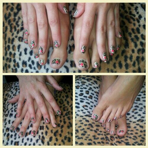 Golden Leopard nail art