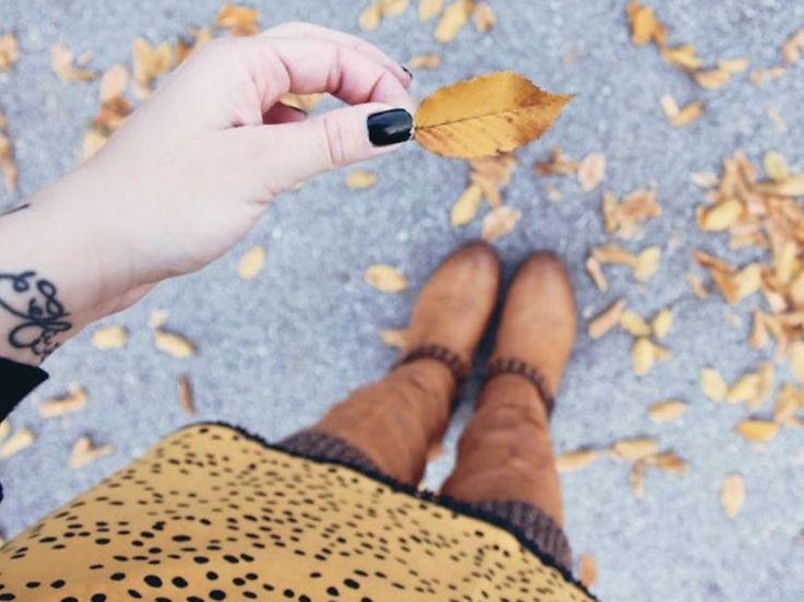 DIY-Anleitung: Jerseyrock mit Bündchen nähen / easy sewing pattern for beginners: how to sew a midi skirt via DaWanda.com
