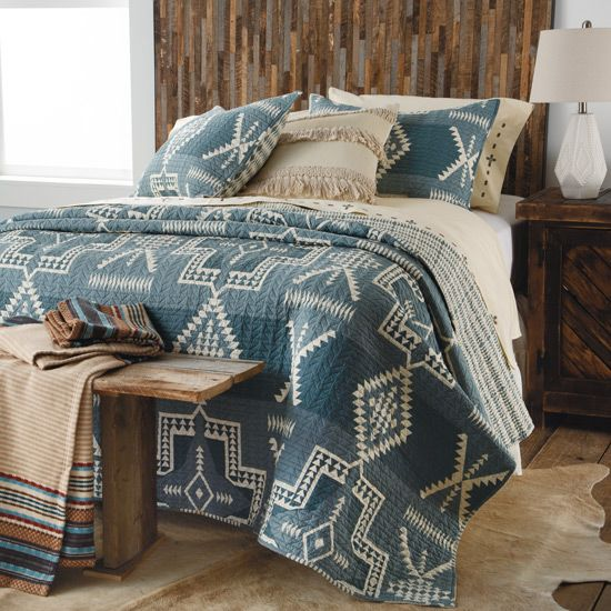 Pendleton White Sands Southwest Quilted Bedding Set In