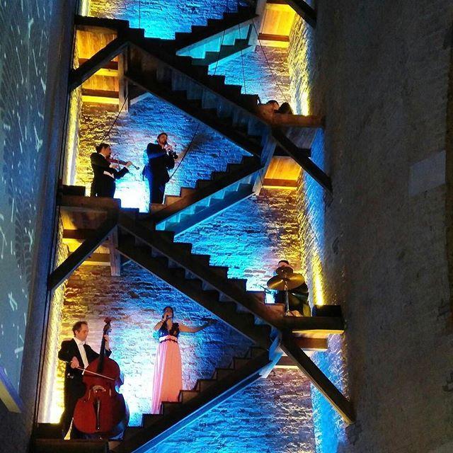"""Jazzin' in Venice:  alla Torre dell'Arsenale per il party di presentazione delle nuove linee di skincare de """"I Coloniali"""". Un brand tutto italiano che nelle formule hi-tech mixa il sapere dei maestri speziali a ingredienti naturali #icoloniali  #MContheroad #Mcbeautyis #Jazztime #torredellarsenale #Venice #NaturalBeauty #Skincare #ItalianBrand  via MARIE CLAIRE ITALIA MAGAZINE OFFICIAL INSTAGRAM - Celebrity  Fashion  Haute Couture  Advertising  Culture  Beauty  Editorial Photography…"""