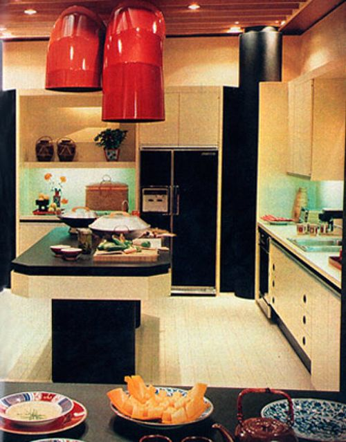 17 best images about retro kitchens dining rooms on for Retro kitchen designs rustenburg