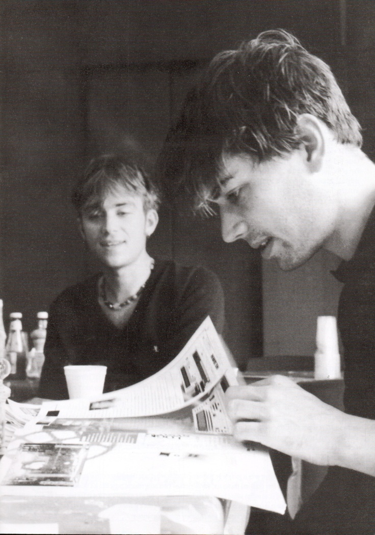 Alex James, Damon Albarn- Blur