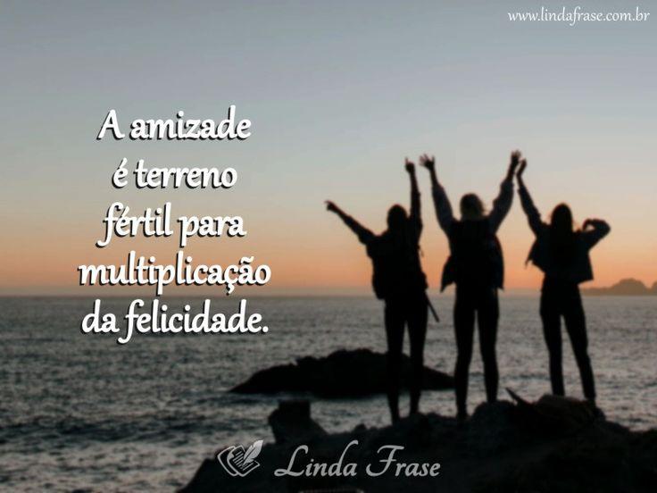A amizade atrai felicidade! #frases #pensamentos #mensagem #reflexão #sabedoria #amizade #felicidade #lindafrase #sitelindafrase