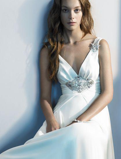 133 best celtic wedding dress images on pinterest for Celtic wedding dresses for sale