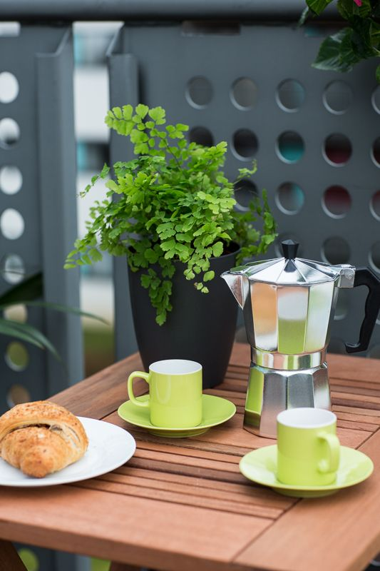 Why not have your morning 'pick-me-up' in one of our bright green espresso cups.