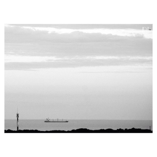 #river #riodelaplata #tbt #bw  #blackandwhite #blackandwhitephotography #water #boat #sky #clouds  #instanature #nature #igers #monochrome