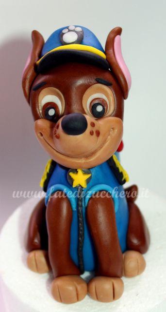 Cake Topper Chase Paw Patrol:interamente modellato a mano e personalizzato