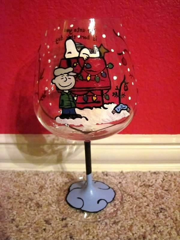 Charlie brown christmas hand painted wine glass wine for Hand painted wine glass christmas designs