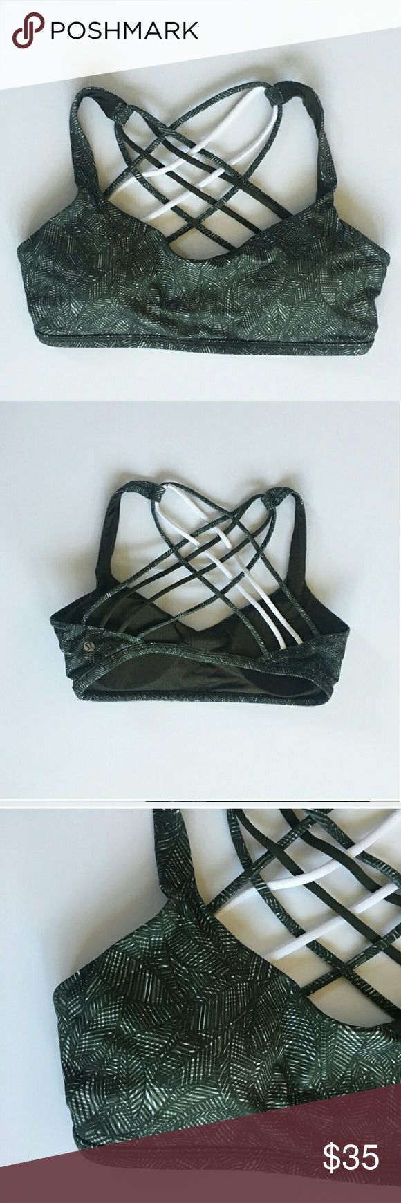 Lululemon free to be wild bra with padding 4 Lululemon free to be wild sports bra in green leaf palm Size 4 Has removable padding Smoke and pet free home Great condition lululemon athletica Tops