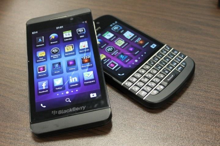 BlackBerry Z10 vs Q10