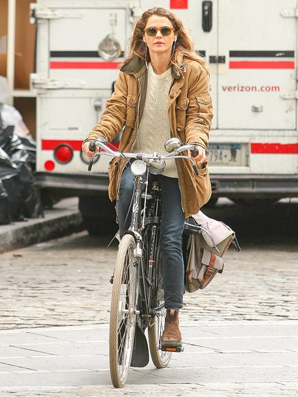 Keri Russell enjoys some easy listening on Tuesday while on a bike ride in Brooklyn's Dumbo neighborhood