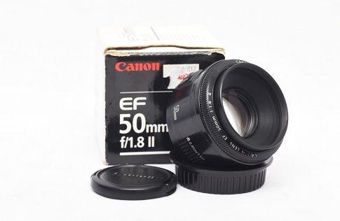 Jual Lensa Fix Bekas – Canon 50mm f/1.8: Lensa Fix Bekas - Canon 50mm f/1.8 Harga: Rp. 875.000,- (Ready Stok)