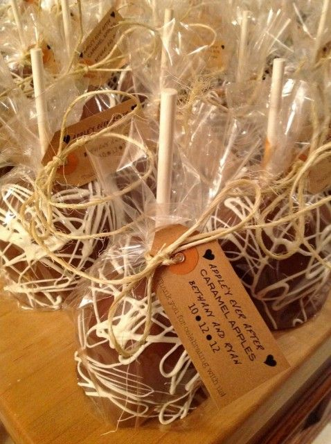 Our Favorite Fall 2013 Wedding Trends: apple'y ever after caramel apple favors