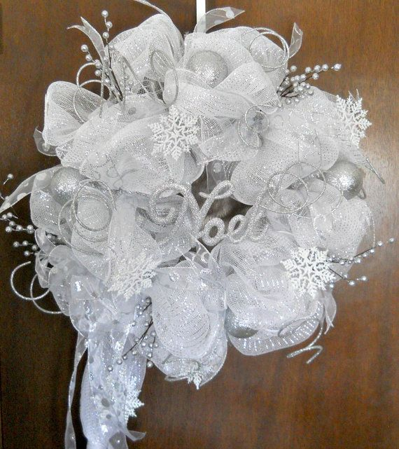 Christmas Winter Wonderland - Deco Mesh Wreath - Silver and White - Snow Flakes and Silver Ornaments: