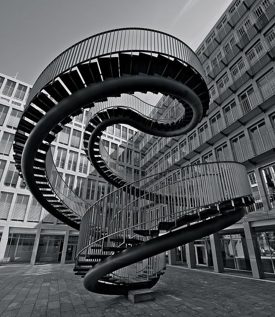 The Impossible Staircase in Munich – Umschreibung by Olafur Eliasson - KPMG München