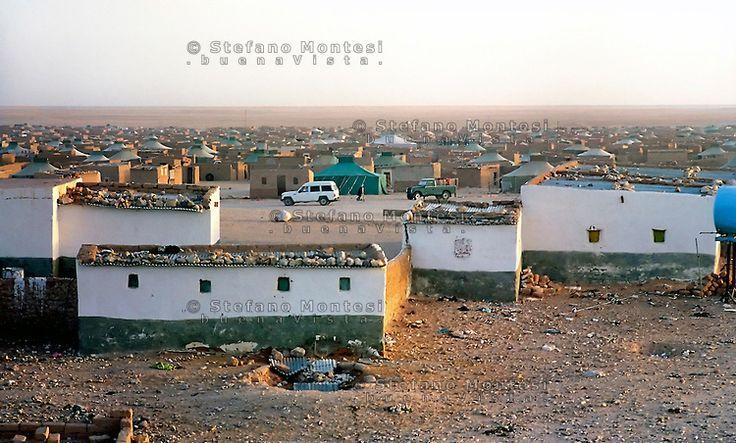 .Gennaio 2005.Campo Profughi Saharawi di Smara.January 2005.Saharawi refugee camp of Smara.