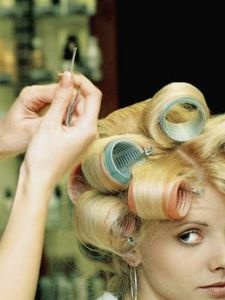 How to Set Rollers for 60s Hairstyles thumbnail